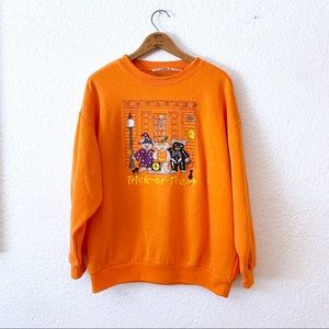 Vintage 90s Sweatshirt Embroidered Trick Treat XL